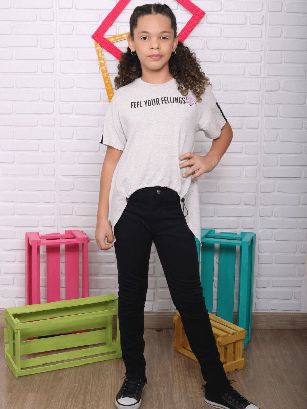 T-shirt teen Vanilla Cream com abertura na frente cinza tumblr