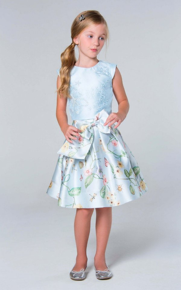 Conjunto infantil de festa Petit Cherie saia rodada floral e cropped bordado borboletas azul claro Tam 12