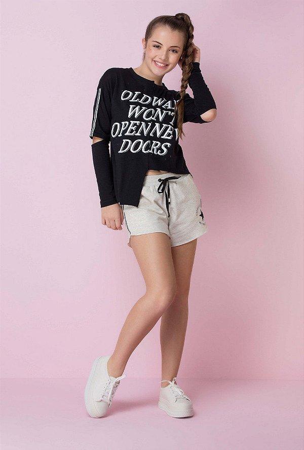 30fa1d6d2 Blusa Teen Vanilla Cream inverno barra irregular com silk frase e brilho  tumblr preto