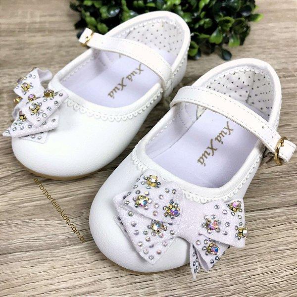 Sapato infantil boneca com laço e strass branco