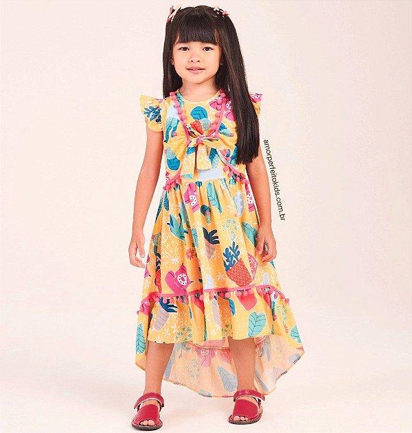 Vestido infantil Mon Sucré tal mãe tal filha mullet cactos e pompons amarelo