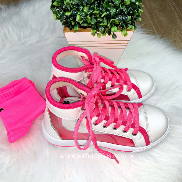 Tênis infantil Xuá Xuá transparente com meia branco e pink neon 21 ao 27