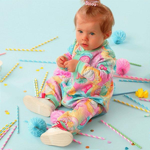 Macacão bebê Mon Sucré inverno doces donuts e cupcakes colorido