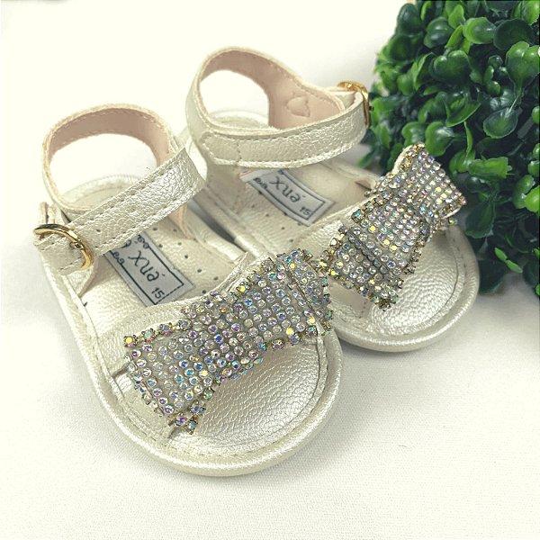 Sandália infantil bebê menina com laço strass branca perolizada