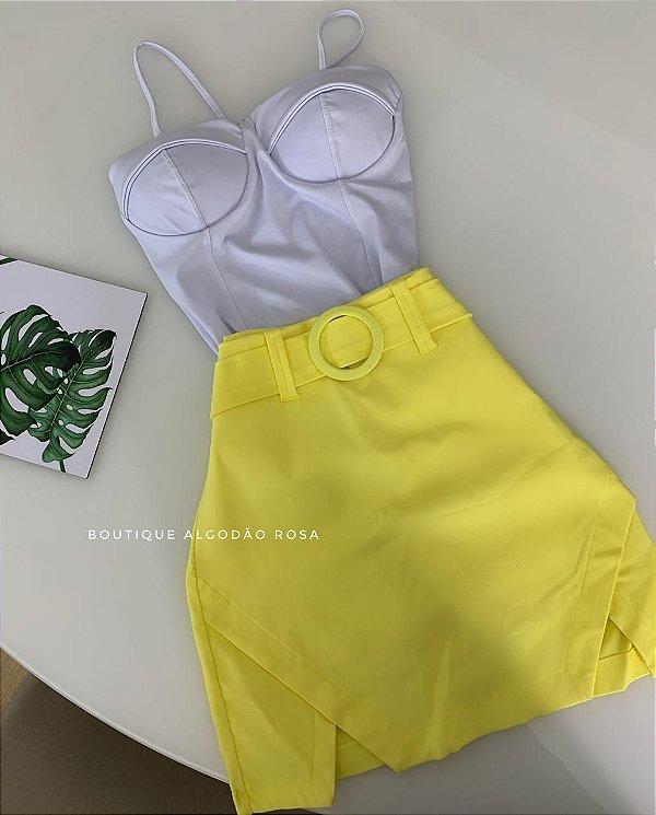 Short Saia Cintinho Amarelo