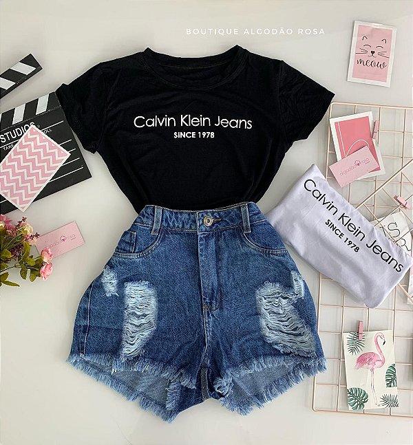 T-shirt Model Cores