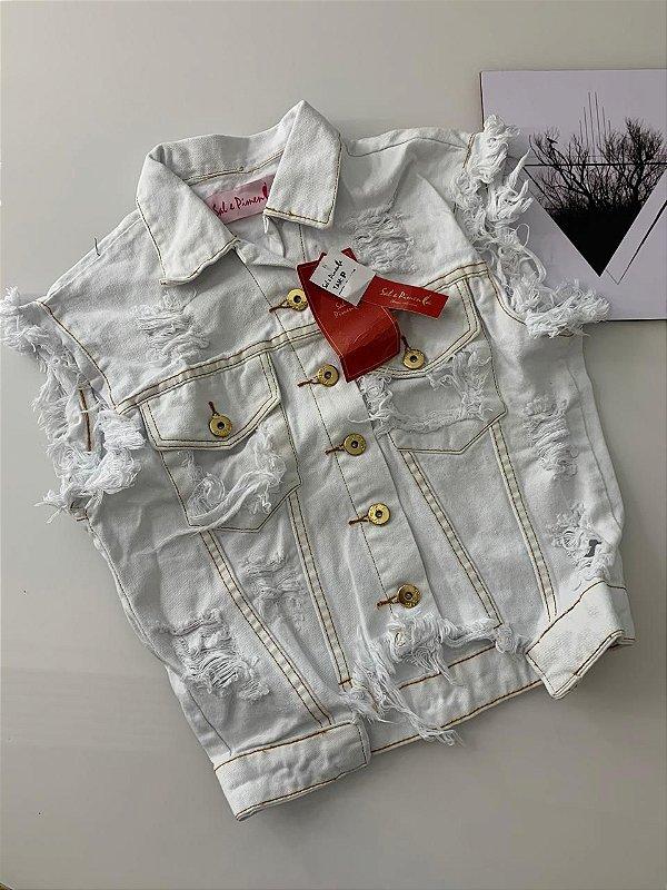 Jaqueta Branca Detalhe