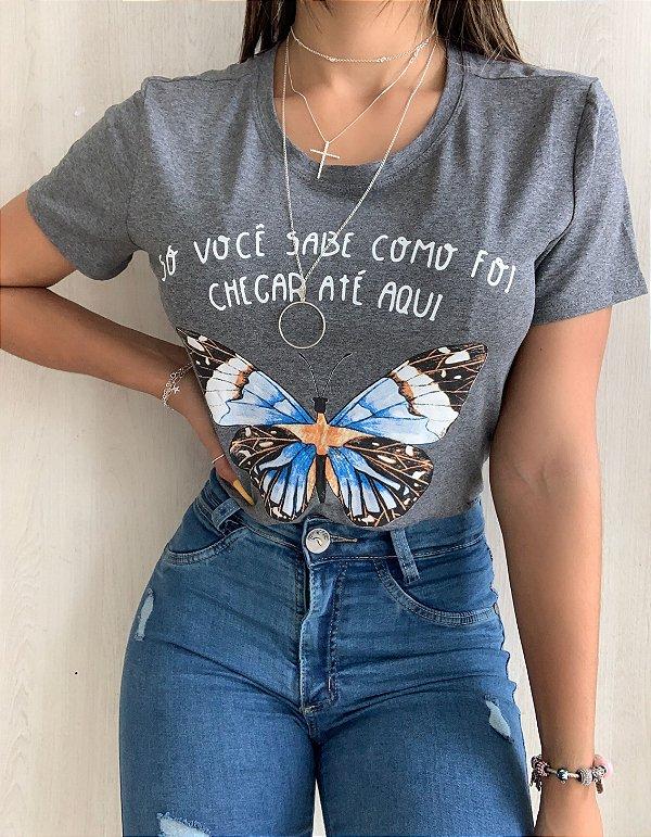 T-shirt Borboleta Chumbo