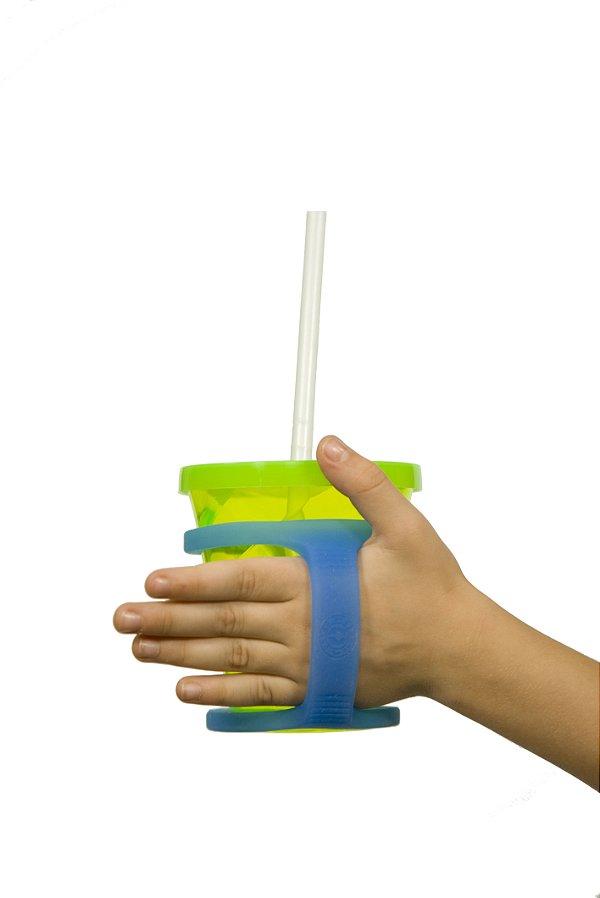 Adaptação em silicone para copos e mamadeiras