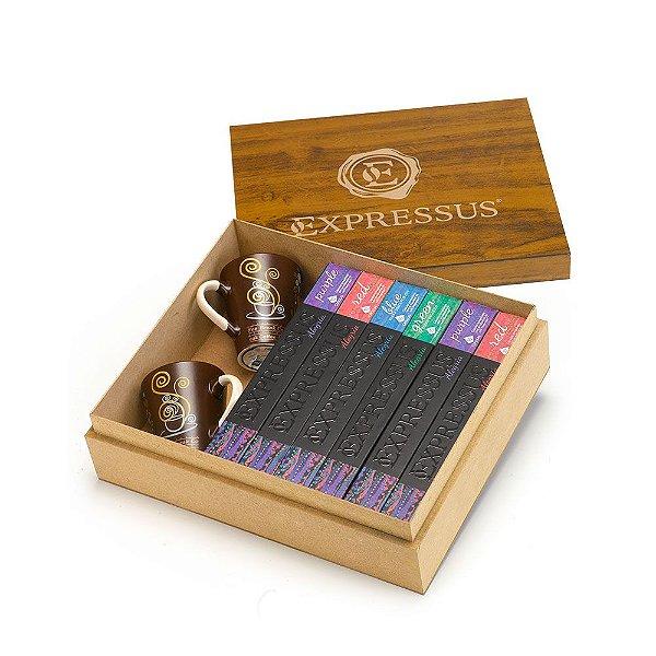 Caixa de Madeira Personalizada com Bandeja contém 14 cartuchos Linha Alegria. (Compatíveis Nespresso)