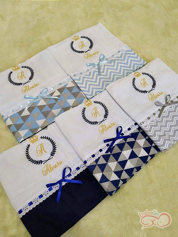 Kit com 5 Fraldas Personalizadas Inicial Bordada