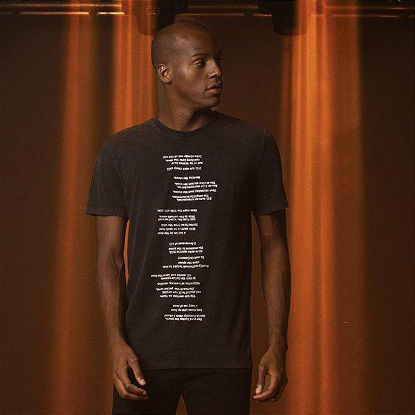 Camiseta Masculina Manga Curta Estampa Poema - Preto