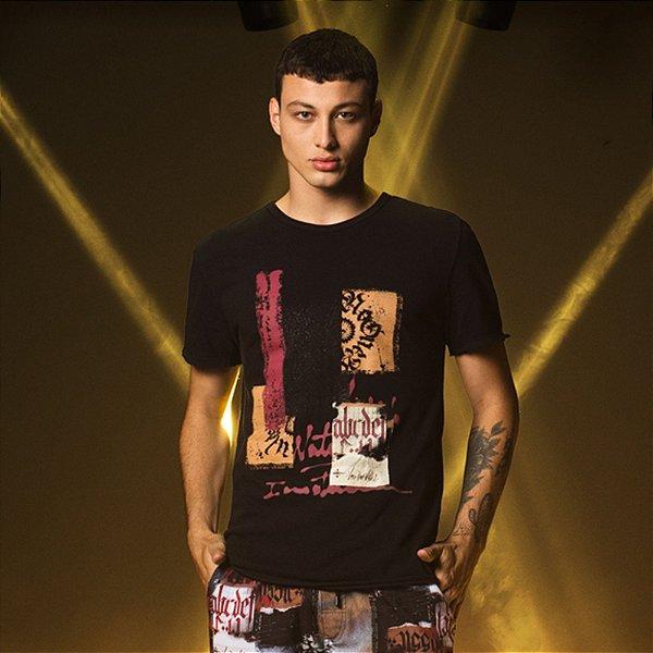 Camiseta dupla face de malhão com estampa abstrata - Preto
