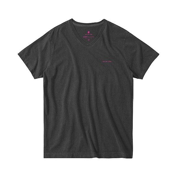 Camiseta Estonada Masculina Gola V BASIS V STONE - PRETO