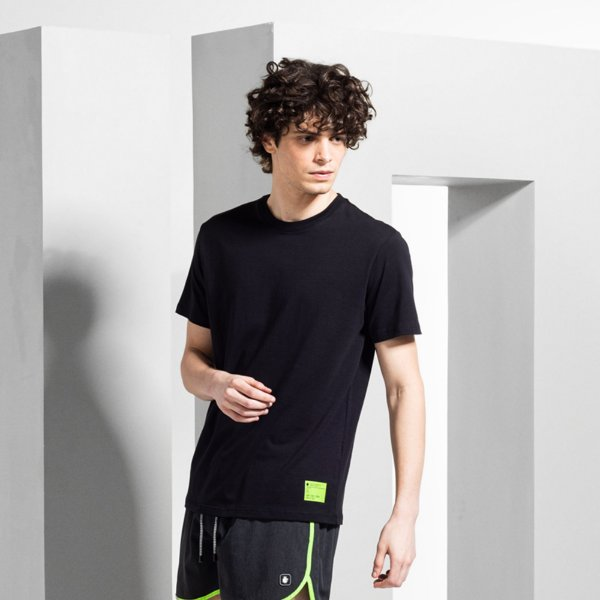 Camiseta Masculina Manga Curta com Elastano ELASTAAN - PRETO