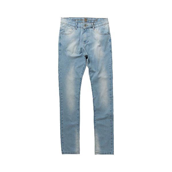Calça jeans masculina de modelagem slim com desgastes - Denim