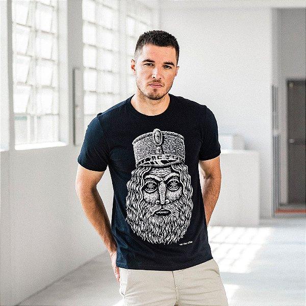 Camiseta masculina manga curta com estampa de Iéti - Preto