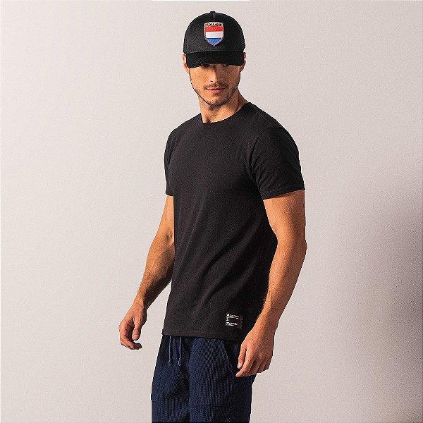 Camiseta básica masculina com elastano gola redonda e manga curta - Preto