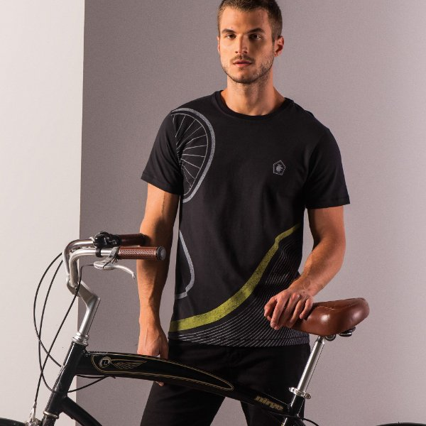 Camiseta masculina estampa de ciclismo e manga curta - Preto