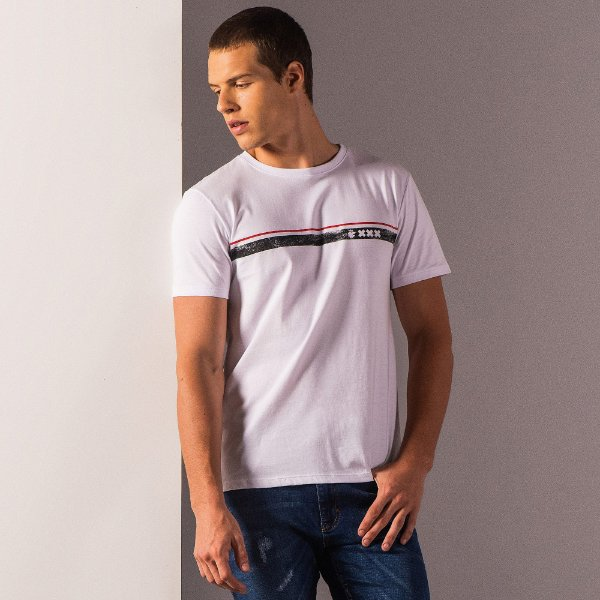 Camiseta masculina estampa listra XXX de Amsterdam e leão Vøn der Völke - Branco