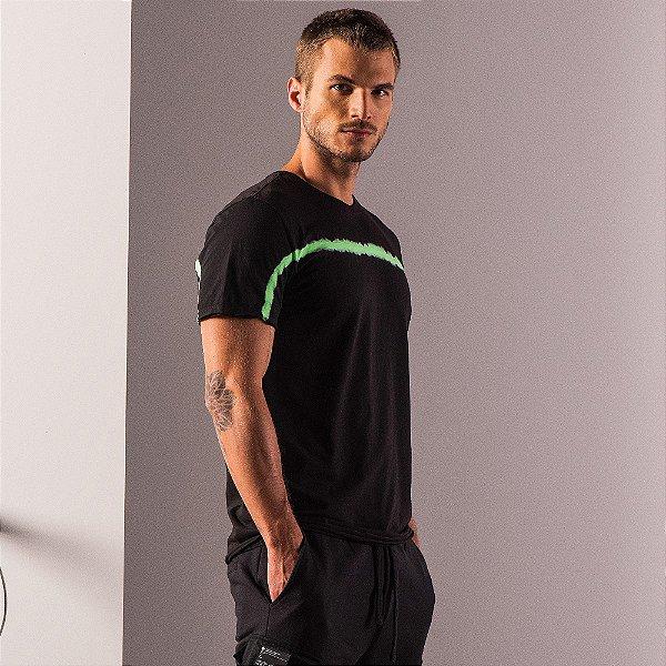 Camiseta unissex efeito tie dye neon modelagem ajustada - Preto