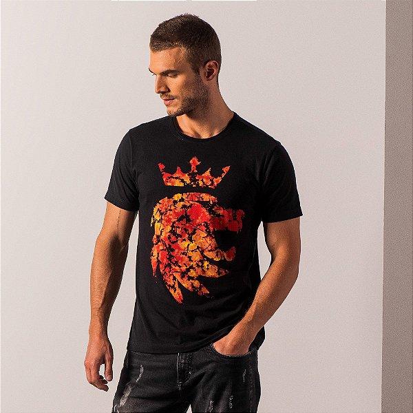 Camiseta masculina com estampa do leão da Vøn der Völke - Preto