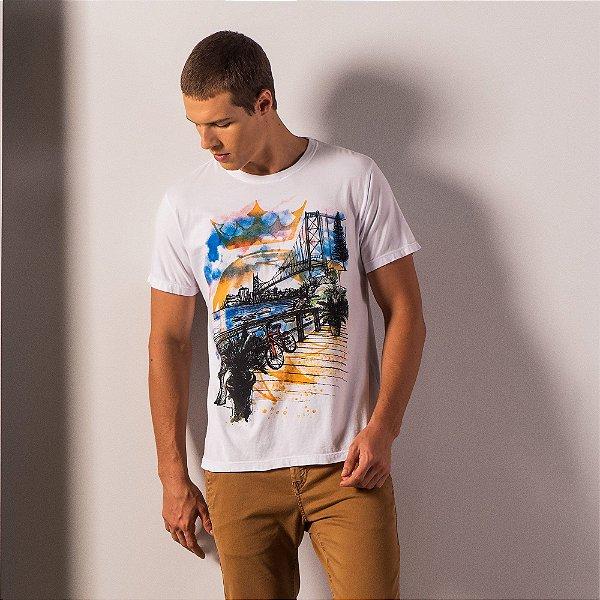 Camiseta masculina estampa ponte Hercilio Luz em Florianópolis - Branco