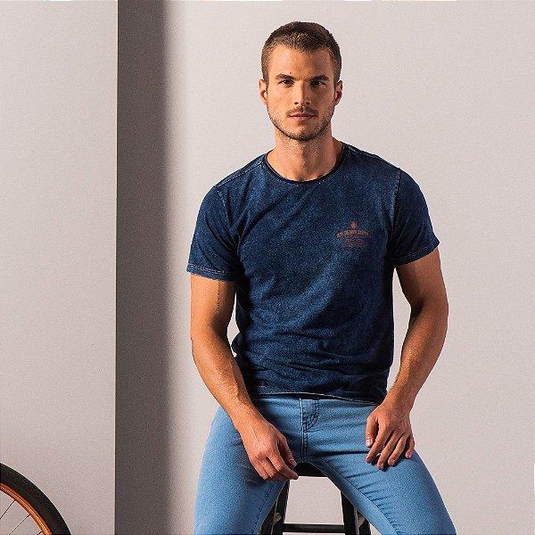 Camiseta masculina malha índigo efeito marmorizado estampa - Azul