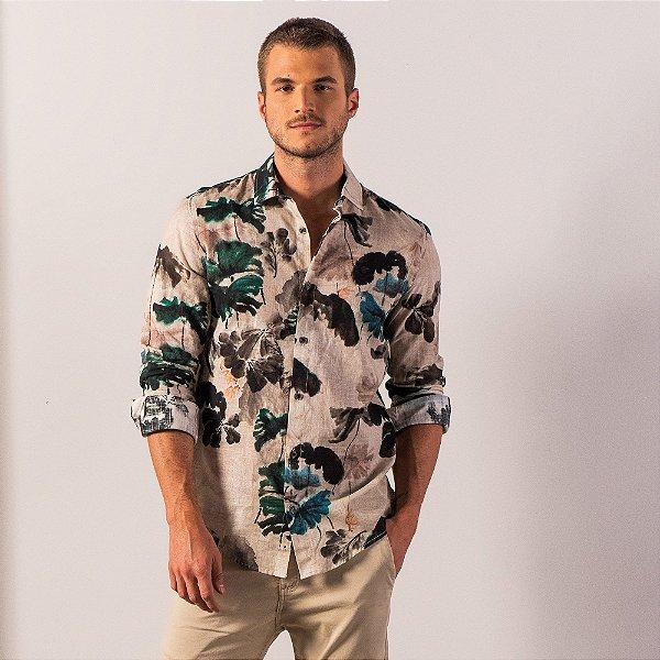 Camisa masculina manga longa tecido flamê e estampa floral - Bege