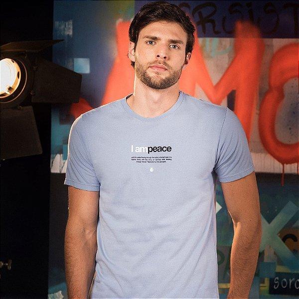 Camiseta masculina manga curta lettering I Am Peace - Azul