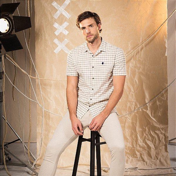 Camisa xadrez masculina manga curta tecido fio tinto com leão no peito - Bege