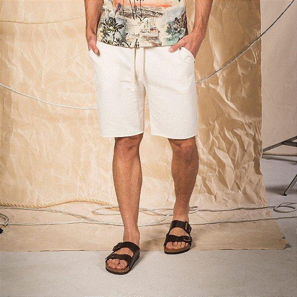 Bermuda moletom masculina com bolso faca e amarração na cintura - Bege