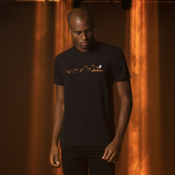 Camiseta Masculina manga curta estampa prédios de Amsterdam - Preto