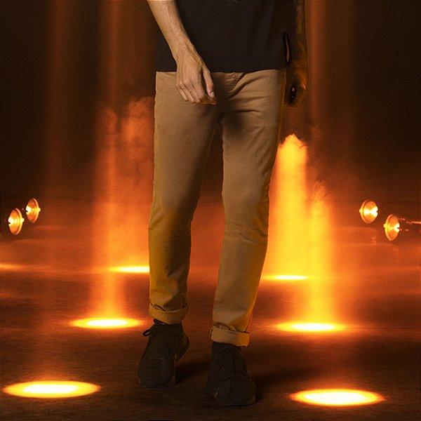 Calça de Sarja Skinny com Elastano Masculina  Feest - Caramelo