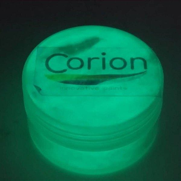 Pó Glow Corion 10gr Cor Amarelo Esverdeado - Brilha No Escuro Sem Luz Negra e com Luz Negra. Dupla Função. Fotoluminescente