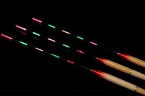 Pó Glow Corion 10gr Cor Vermelho Neon - Brilha No Escuro Sem Luz Negra. Fotoluminescente