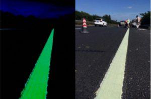 Termoplastica Glow Corion Fotoluminescente UV para Sinalização Viaria Brilha no Escuro sem Luz