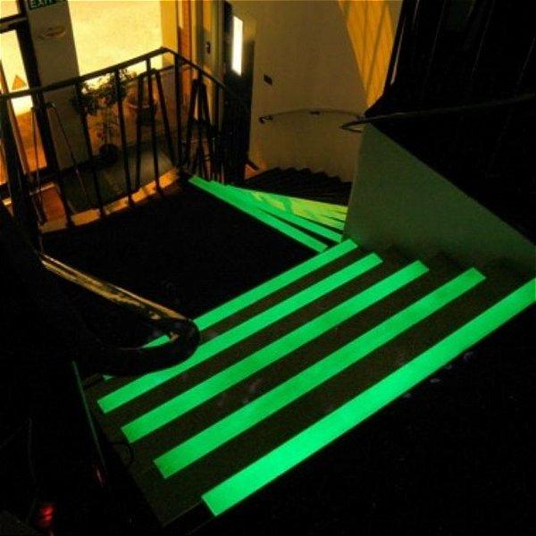 Tinta Corion Fotoluminescente 225ML para Saída Emergência, Rota de Fuga, Escada, Sinalização, Placas. Brilha no Escuro. Diversas Cores