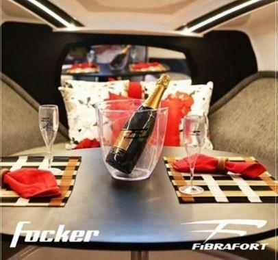 Peças e acessórios Lanchas Focker - Champanheira com Taças de Acrílico Original Focker