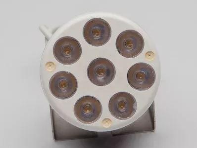 Peças e acessórios Lancha Focker - Luz de Deck, Dock, Proa e Mastro totalmente a LED 12 à 24V (08 LEDs branco quente ou frio) 1 un.