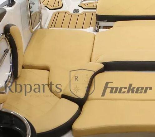 Peças e Acessórios Lancha Focker - Capa do Assento Sob Escada (Peixinho) Focker 240