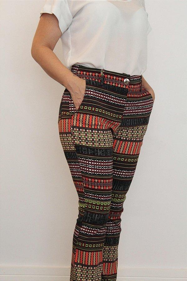 Calça feminina modelagem flare com estampa color library
