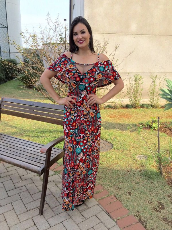 Vestido sereia toda floral , simplesmente divina :)