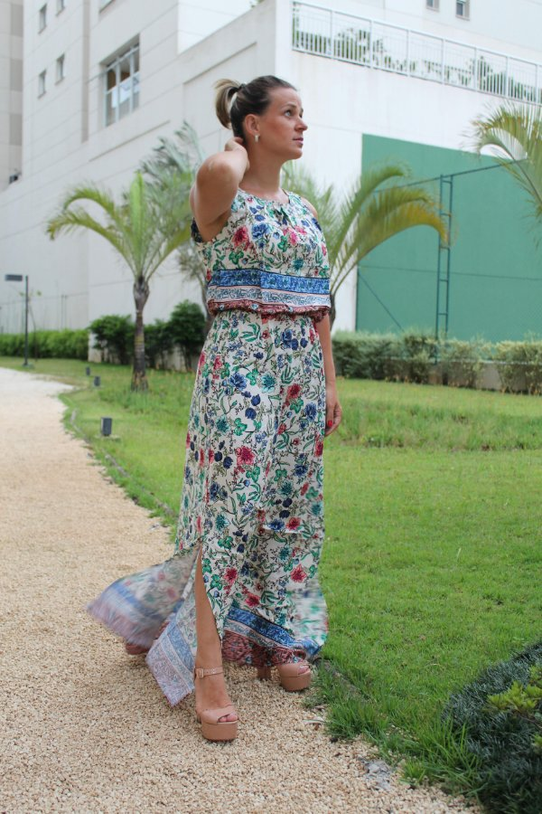Vestido longo estampado summer flowers