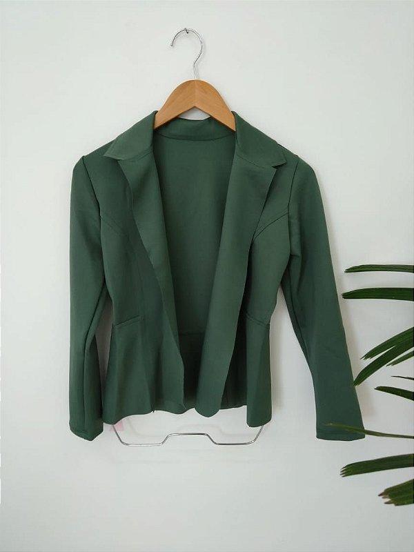 Blazer maravilhoso em neoprene na cor verde