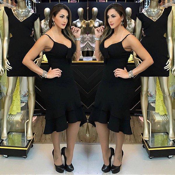 Vestido com lacinho na cor preta