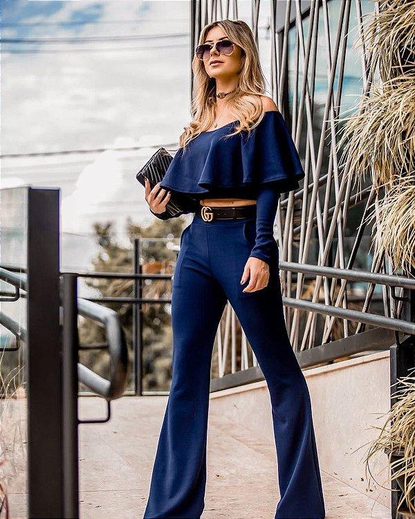 Conjunto em crepe calça flare e top manga longa azul marinho