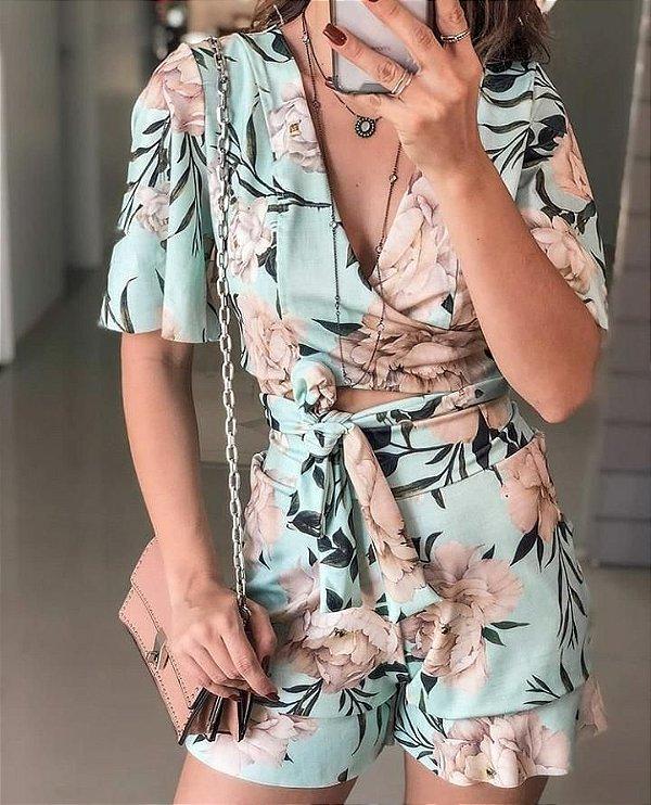 Conjunto lindo transpassado com estampa floral - Azul tiffany