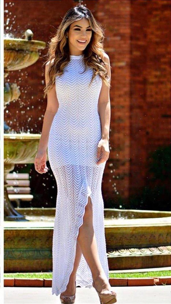 Vestido longo em tricot textura zigue-zague com lurex prata