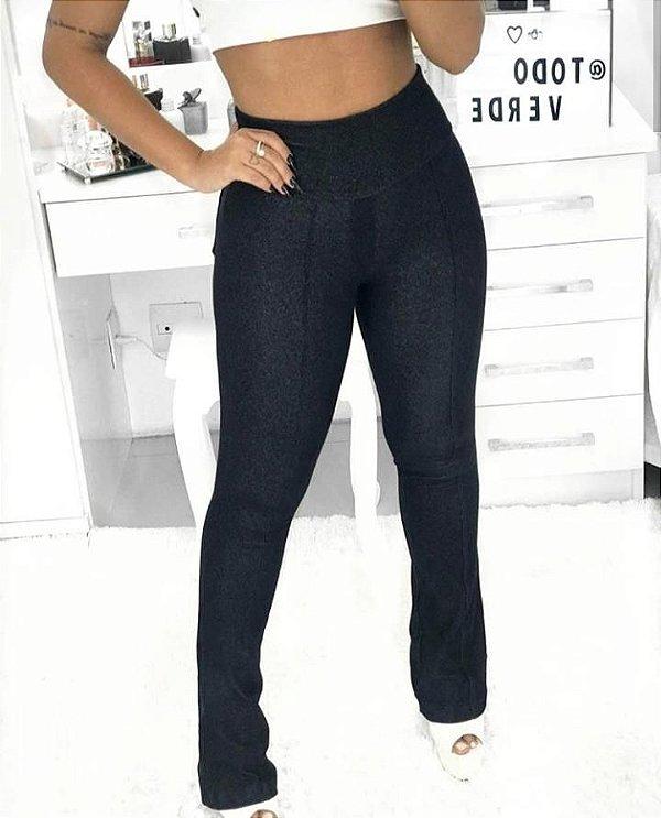 Calça em malha tipo jeans - corte reto